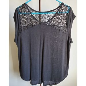 Old Navy crochet/lacy top t-shirt